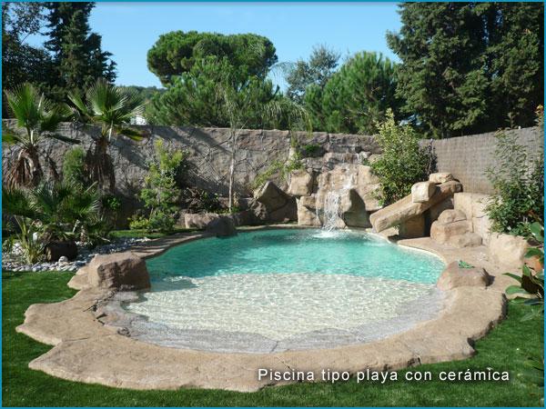 Piscinas tipo playa en roca artificial rocasyelica for Bombas para cascadas de jardin